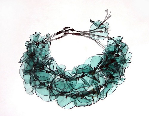 Jewelry trends 2010 just another weblog - Plastic bottle jewelry making ...